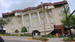 Wonderworks Orlando - Upside Down Attraction / Laying on Bed of Nails