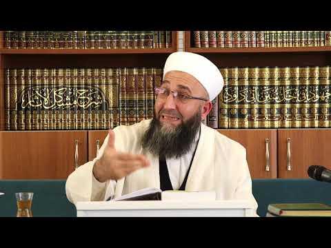 İslam Hayata Bütünlük İçerisinde Bakar