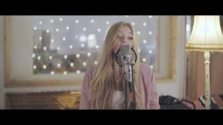 Warm (Acústico) - Becky Hill (Video)