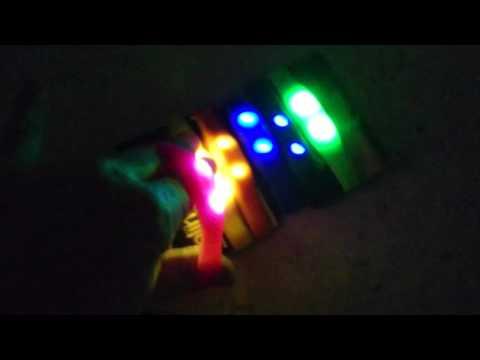 LED LEUCHT ARMBAND Funky Flasher Leuchtarmband 2016 Bewegung aktiv Blink Bands