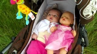 Прогулка с Беби бон на детской площадке: на колясках в догонялки, качели, горки.. Играем в куклы