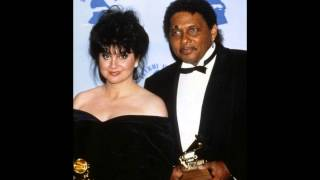 Linda Ronstadt and Aaron Neville - Please Remember Me