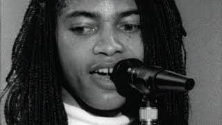 Terence Trent D'Arby - Sign Your Name( LIVE)