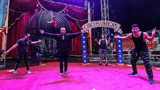 OVERNIGHT AT THE CIRCUS!