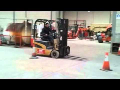 Ejercicio del curso de Carretillero (conductor de carretillas elevadoras)