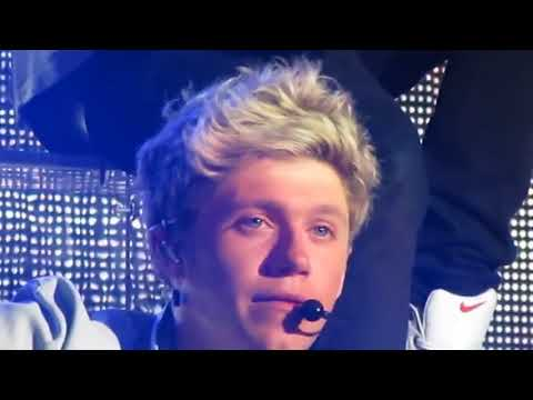 Niall Crying Because The Fans Screaming Who Love Him (full) Mp3