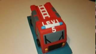 Feuerwehrauto Torte Zuckerguss Fondant Backen Kuchen Rot