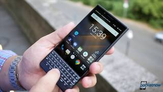 BlackBerry KEY2 LE hands-on: It's NOT a KEY2 in colors