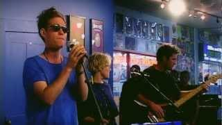 Architecture in Helsinki - Escapee (Live at Amoeba)