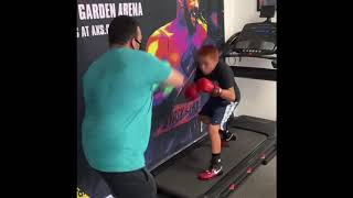 THIS KID GOT UNBELIEVABLE BOXING SKILLS Dylan Capetillo   Esnews