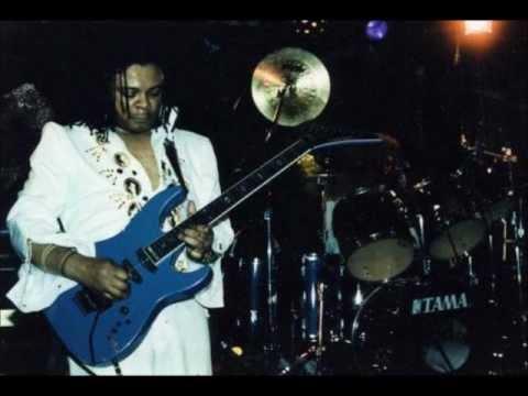 Blue For Jimi n Eddie, Tierra's Song.