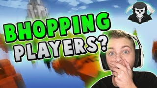 B-HOPPING ON PLAYERS + CRAZY CLUTCHES! ( Hypixel Skywars )