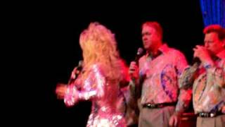Dolly Parton, The Kingdom Heirs THE SEEKER Live at Dollywood