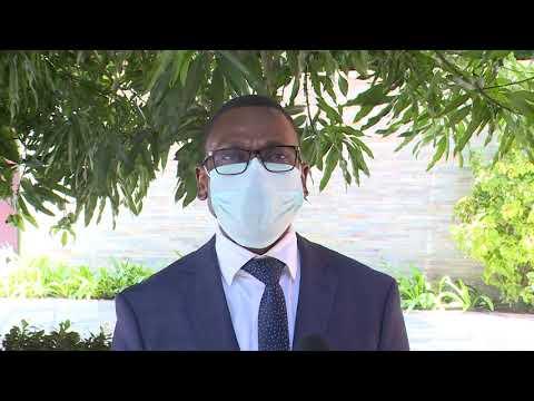 Le Président Patrice TALON donne l'exemple en se faisant vacciner contre la Covid-19. Le Président Patrice TALON donne l'exemple en se faisant vacciner contre la Covid-19.