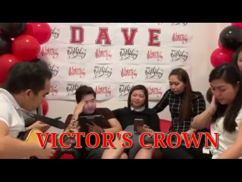 VICTOR'S CROWN w/ Lyrics | Darlene Zschech