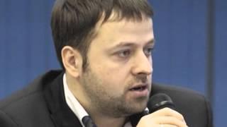 Выпускник факультета журналистики ЛГУ-СПбГУ Р. Герасимов