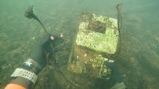 Found Old Cash Register in River While Scuba Diving! (Money Inside??) | DALLMYD - Video Youtube