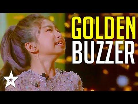 Download Singing Sensation Celine Tam Gets GOLDEN BUZZER On World's Got Talent 2019! | Got Talent Global HD Mp4 3GP Video and MP3