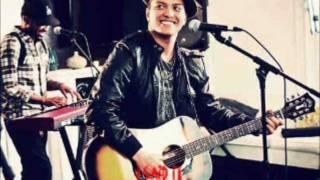 bruno mars - the lazy song ( lyrics by boski enrique )