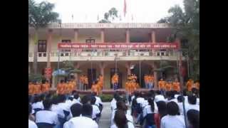 preview picture of video 'ngay dep tuoi 12a1 van xuan.flv'