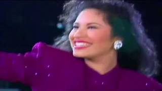 Selena Quintanilla 1995 Houston Astrodome Entrance!!!