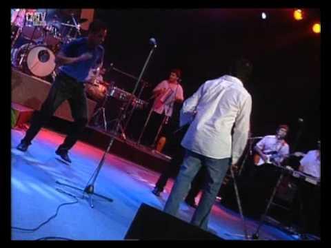 Banda XXI video Amarte a tí - CM Vivo 2003