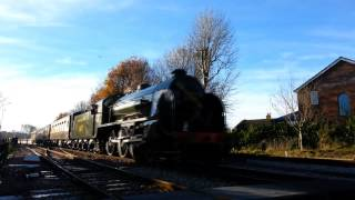 preview picture of video 'Bluebell Railway - S15 No.847 at East Grinstead on 11th December 2013'