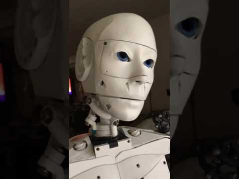robot video thumbnail
