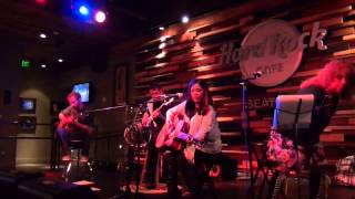 """The Metro"" ~ (cover with 'they go pop!) ~ live at the Hard Rock Cafe"