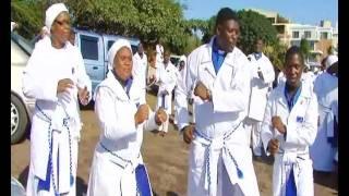Ikhaya Labangcwele - Uthembekile uJesu.wmv