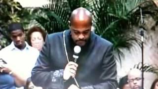 """Pastor Winans """"Sweet Hour of Prayer"""""""