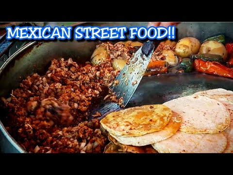 AUTHENTIC MEXICAN STREET FOOD!!!! TACOS!!! AMAZING, DELICIOUS STREET FOOD!!!