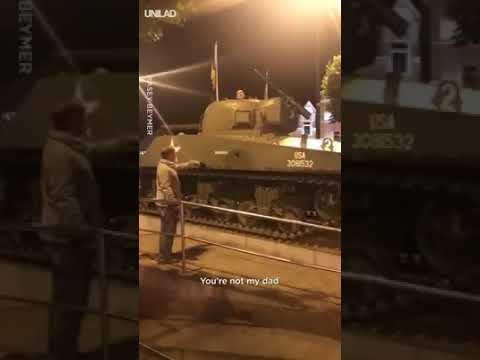 Arturze, wyłaź natychmiast z czołgu