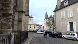 preview picture of video 'View on the city of Nevers, France'