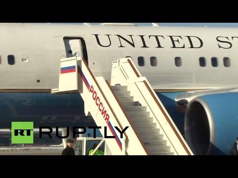 , title : 'Прибытие госсекретаря США Джона Керри в Москву'
