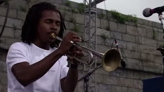 Roy Hargrove - Nature Boy/To Wisdom, The Prize - 8/11/2001 - Newport Jazz Festival (Official)