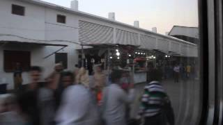 preview picture of video 'Arrival at Hyderabad Junction'