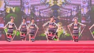 bc5e6e82715 Люди из этнических меньшинств празднуют традиционный фестиваль в Хайнань