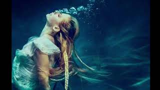 Avril Lavigne   Head Above Water (1 Hour)