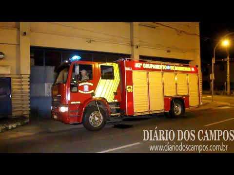 Princípio de incêndio em barracão mobiliza bombeiros