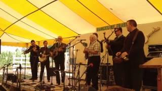 Doyle Lawson & Quicksilver feat. Paul Williams- I Heard A Sweet Voice