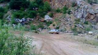 preview picture of video 'Lada & Golf test kameňolom'