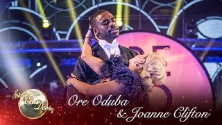 Ore Oduba & Joanne Clifton Showdance To 'I Got Rhythm' - Strictly Come Dancing 2016 Final