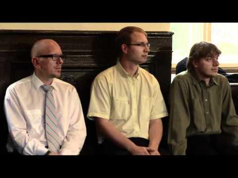 Film: Kandidáti 2010 Drsný příběh o tom jak fungují moderní strany bez ideologie (Věci Veřejné, TOP 09, ODS, ČSSD…)