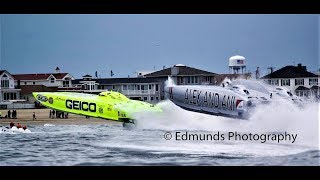 Superboat Sarasota Grand Prix Racing Offshore 2017 Patrol boat wanders into course