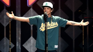 WATCH !!! Bruno Mars Says He'd Give Up Music to Have His Late Mom Back - VIDEO