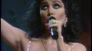Video Dos Mares Mas Que Tu (En Vivo) de Beatriz Adriana