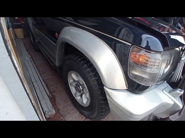 Mitsubishi Pajero Exceed 3.5 1993 Video