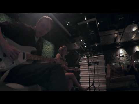 Refugee (Tom Petty Cover) performed by Charlotte Littlehales (vocals) and Jeff Starkey (guitar) at Vin de Syrah.