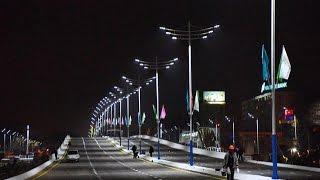 "Путепровод ""Novza"" в Ташкенте."
